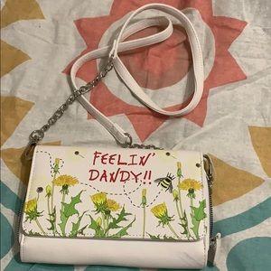 Betsy Johnson Feelin Dandy cross body purse! 🤩